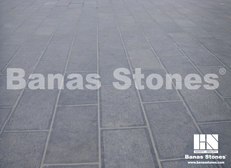 Banas Silver Grey Pavers available at Lanes Landscaping 3500 Mavis Rd, Mississauga, ON L5C 1T8