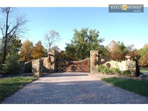 782 best images about driveway and entrance gates on for Iron gate motor condos for sale