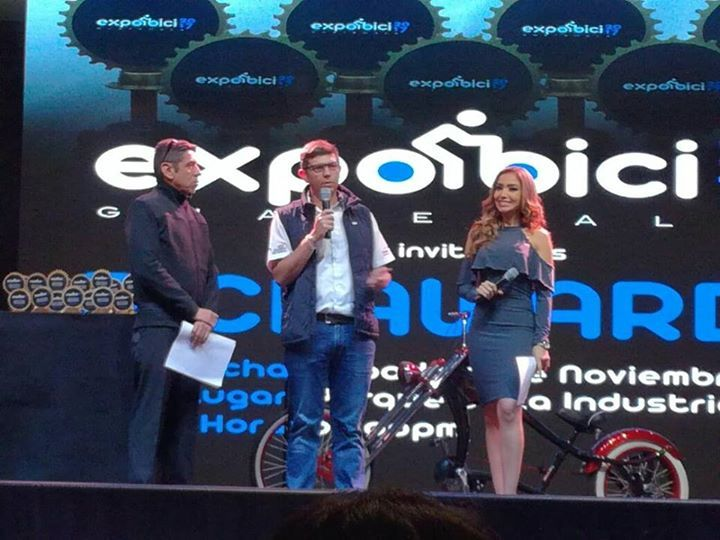 En el desarrollo de Expo Bici Awards, el presidente de Federación Guatemalteca de Ciclismo, Stuard Rodríguez,  recibido un merecido reconocimiento por su labor al frente de la institución, dedicando el reconocimiento a todo el equipo de trabajo de FGC y a la familia del ciclismo en el país, que suman su esfuerzo cada día por el ciclismo nacional. #cyclingshots #borapedalar #ciclista #triatlon #mtbbrasil