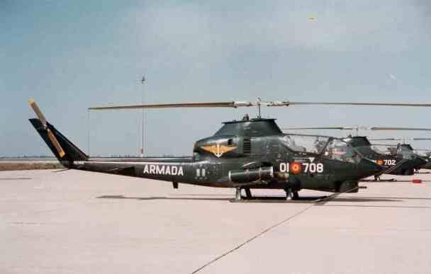 """Medio siglo de la aeronave que marcó una nueva era en los helicópteros de ataque: El AH-1 """"Cobra"""""""