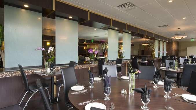 DoubleTree by Hilton Binghamton Hotel, NY - River Bistro