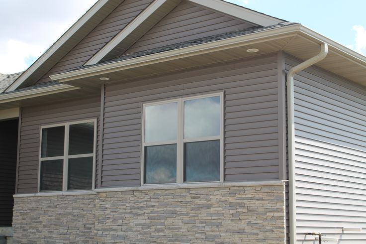 #Truman #Certainteed siding color- Sable Brown with #Alderwood Stacked Stone. #Weatherwood shingles.