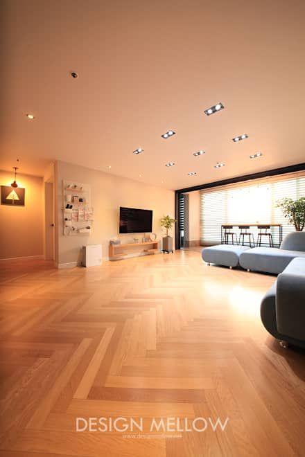 로망이 담긴 34평 아파트 인테리어: 디자인 멜로 (design mellow)의  거실