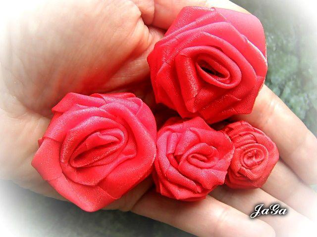 Różyczki ze wstążki