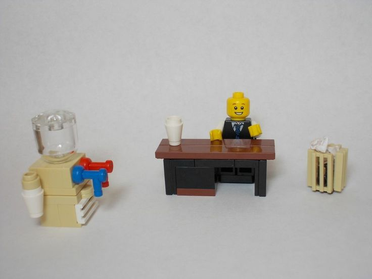 LEGO Furniture: Office Set w/ desk, water cooler, trash can & chair {town,city}
