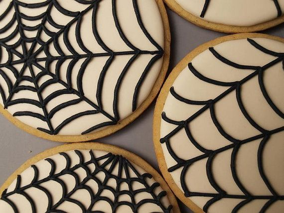 so simple even I can do these halloween cookies :)  Halloween Cookies