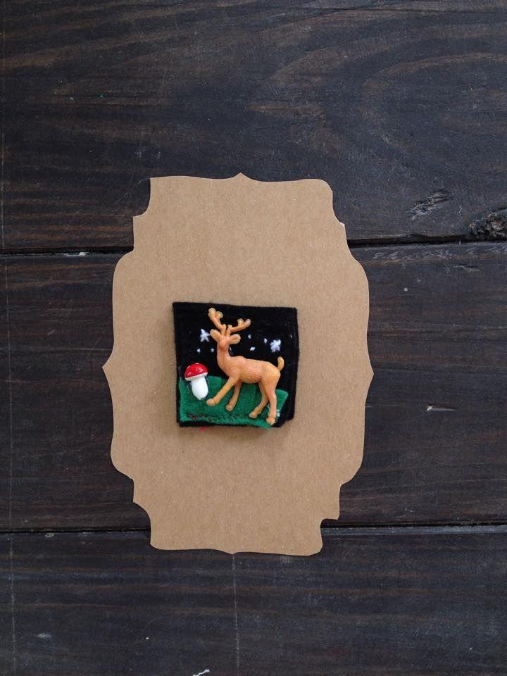 Handmade brooch - Broche hecho a mano con retal de fieltro