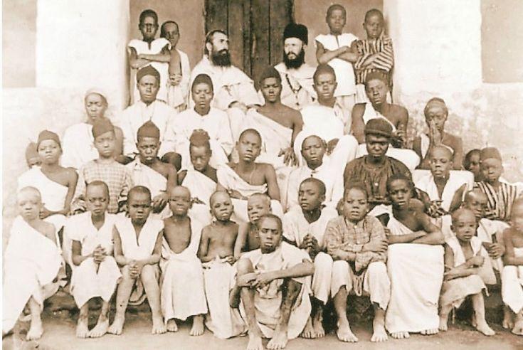 San Carlos Luanga y  los mártires de Uganda,3 de Junio,Vidas Ejemplares