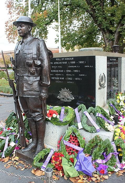 War Memorial in Robertson Park in Orange, NSW An Autumn Weekend in Orange via The World on my Necklace