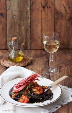 La cocina de Tesa: Espaguetis negros con carabineros y un toque picante