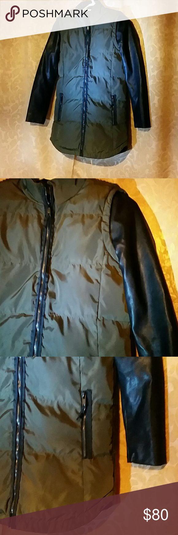 Jacket ZARA BASIC XS or S sz Warm  ZARA JACKET, black/grey color, shiny fabric front, zipper front and two pokets, used,  rare design. Free gift with order. ZARA Jackets & Coats Blazers