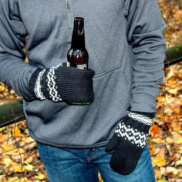 Keep+Your+Hands+Warm+And+Beer+Cold+With+Beer+Koozy+Mittens