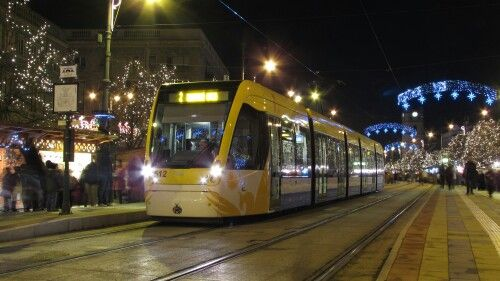 Új CAF villamos, Debrecen, Kossuth tér