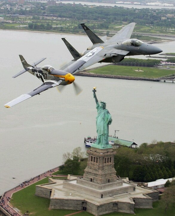Jets over the statue of liberty (With images) Air show