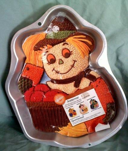 Wilton Cake Ideas For Thanksgiving : 1000+ images about Wilton Cake Pans on Pinterest