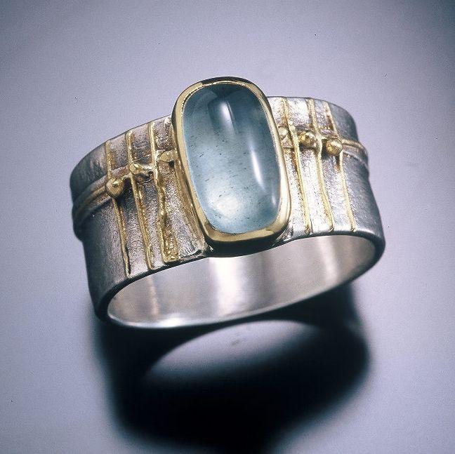 Jewelry | Jewellery | ジュエリー | Bijoux | Gioielli | Joyas | Art | Arte | Création Artistique | Precious Metals | Jewels | Settings | Textures | regina imbsweiler jewelry - 2006 Fall