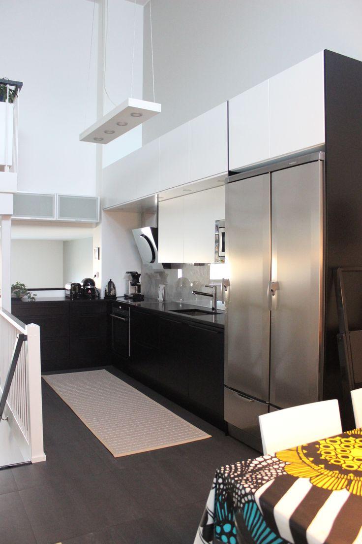 Moderni keittiö, modern kitchen