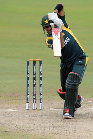 Sialkot's absence from #CLT20 disappoints #ShoaibMalik : Rawalpindi: Apr 2, 2012     Pakistan's former captain Shoaib Malik, who led his hometown Sialkot to their seventh national Twenty20 title, is disappointed over his team not being given a chance to represent Pakistan in the Champions League.