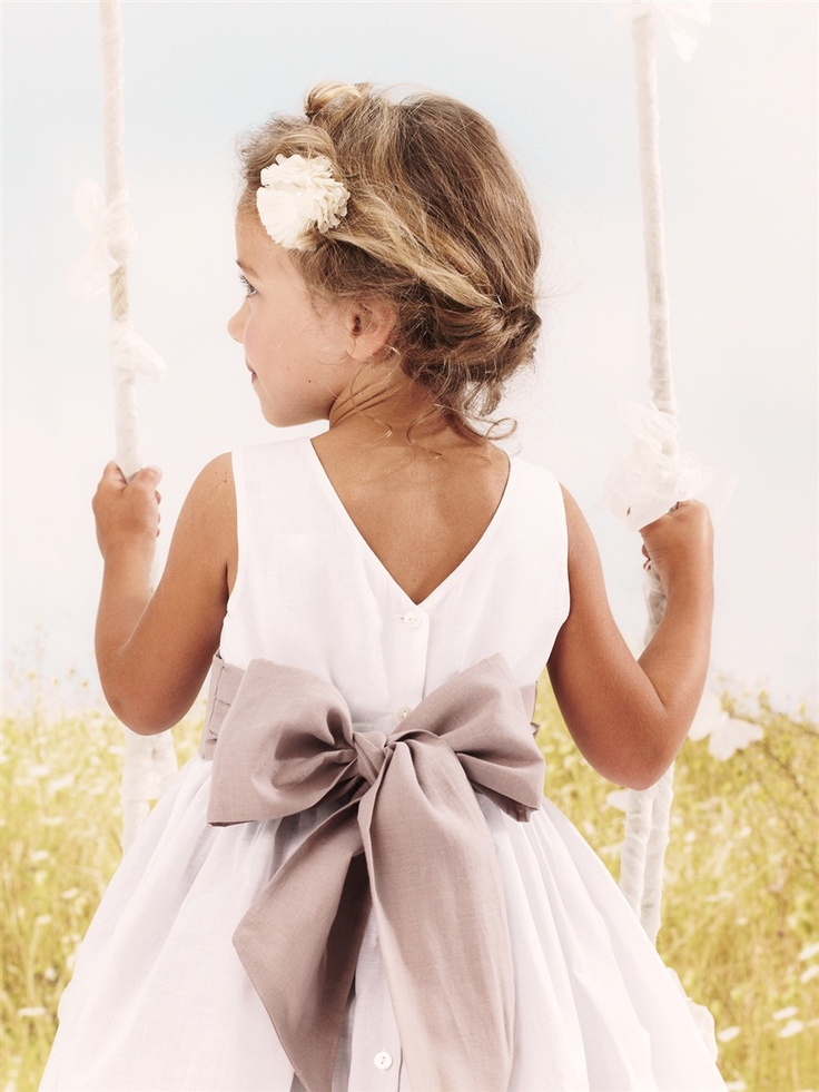 Bow dress from French retailer Cyrillus - claradeparis.com ♥ the bow!