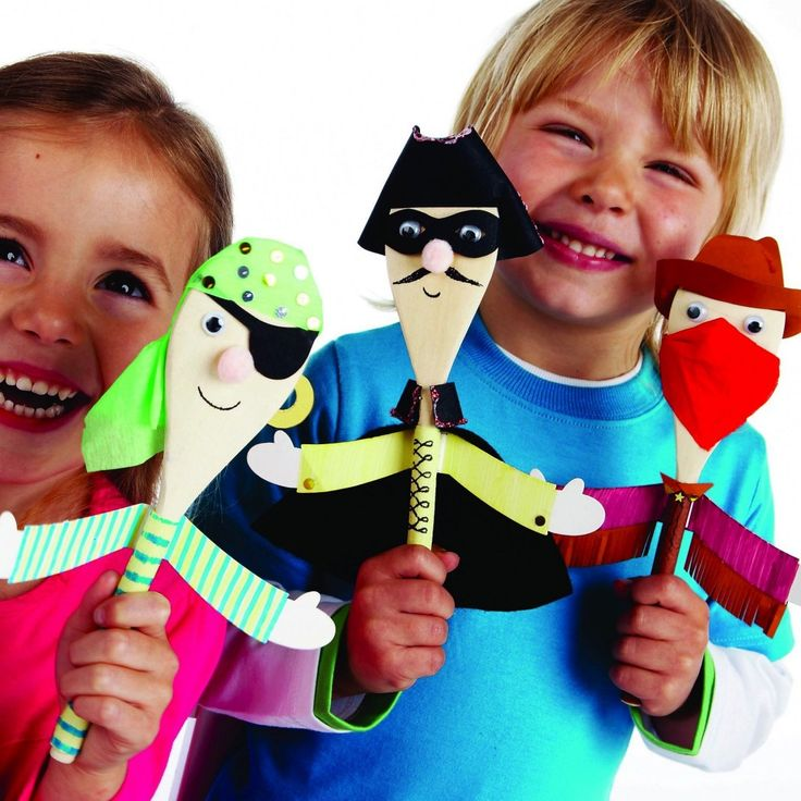 wooden spoon puppets