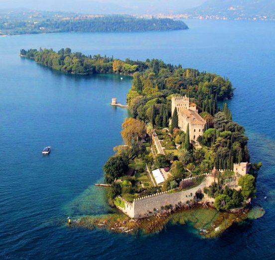 Isola del Garda.... small island open to public only may - September. Lake Garda, Italy