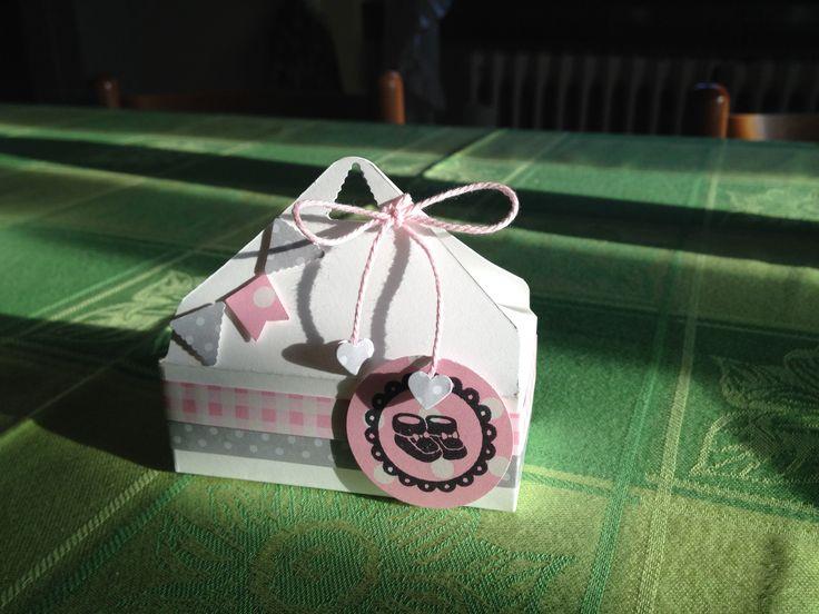 Rosa e grigio per una dolce nascita