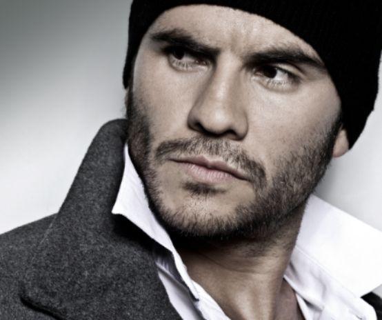 Juan Pablo Raba (Narcos) joins the Season 3 cast of Marvel's Agents Of S.H.I.E.L.D. as new gay character Joey