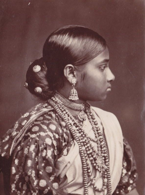 Profile of a Well Dressed Woman Wearing Various Ornaments - Ceylon (Sri Lanka) 1880's - Old Indian Photos