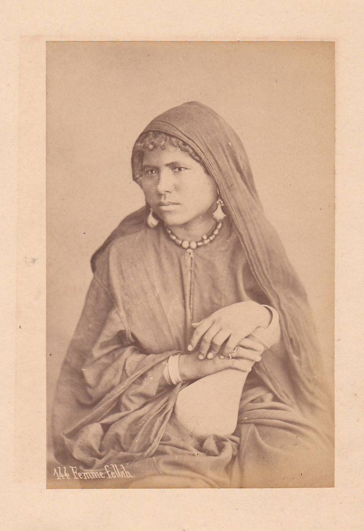 Sebah, Pascal - Femme fellah, no. 144 (Fellah woman), albumen print