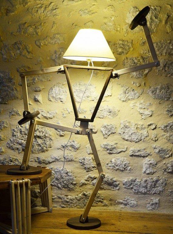 les 20 meilleures id es de la cat gorie lampe articul e sur pinterest led diy lampe bois. Black Bedroom Furniture Sets. Home Design Ideas