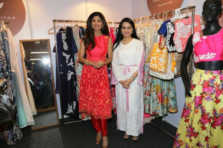 Shilpa Shetty and Padmini Kolhapure at the launch of Padmasitaa by Padmini Kolhapure & Sita Talwalkar at IMC Ladies' Wing Exhibition