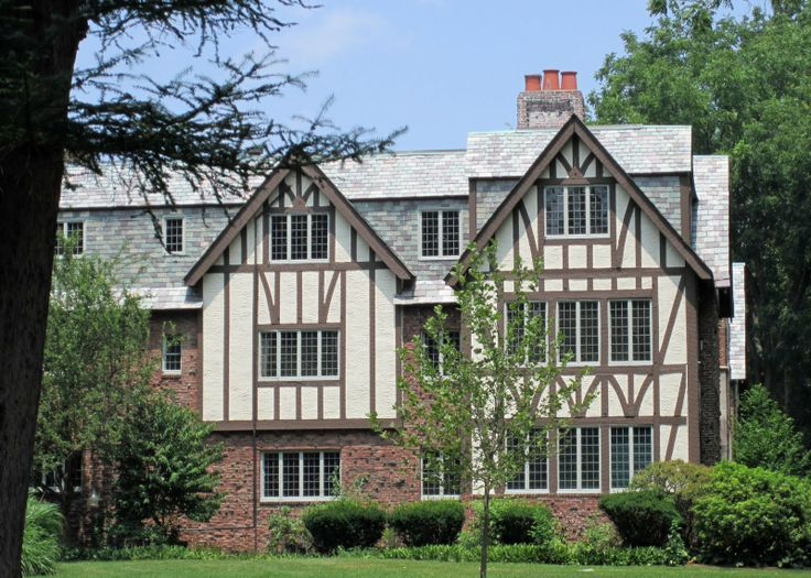 17 best images about tudor exterior on pinterest santa - Tudor revival exterior paint colors ...