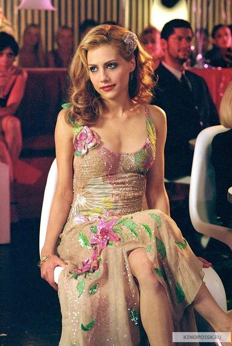 Brittany Murphy- I miss her... It honestly made me so sad to find out that she had passed away; she was a beautiful girl {inside and out}