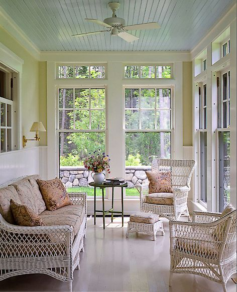 5 Reasons To Put Shiplap Walls In Every Room: Beautiful Sun Room.....Love The Transom Windows