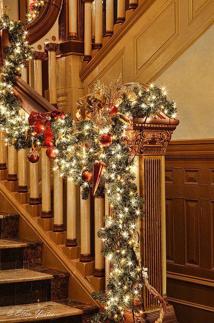Banister Decor Christmas Stairs Pinterest Beautiful