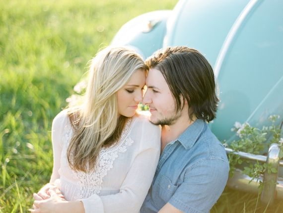 North Georgia engagement session | Photos by Sawyer Baird | Read more - http://www.100layercake.com/blog/?p=74628