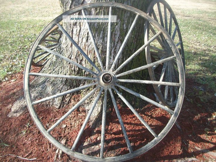 Set Of 4 Antique Wood Wagon Wheel Primitive Old Western Farm Decor Matching Primitives photo