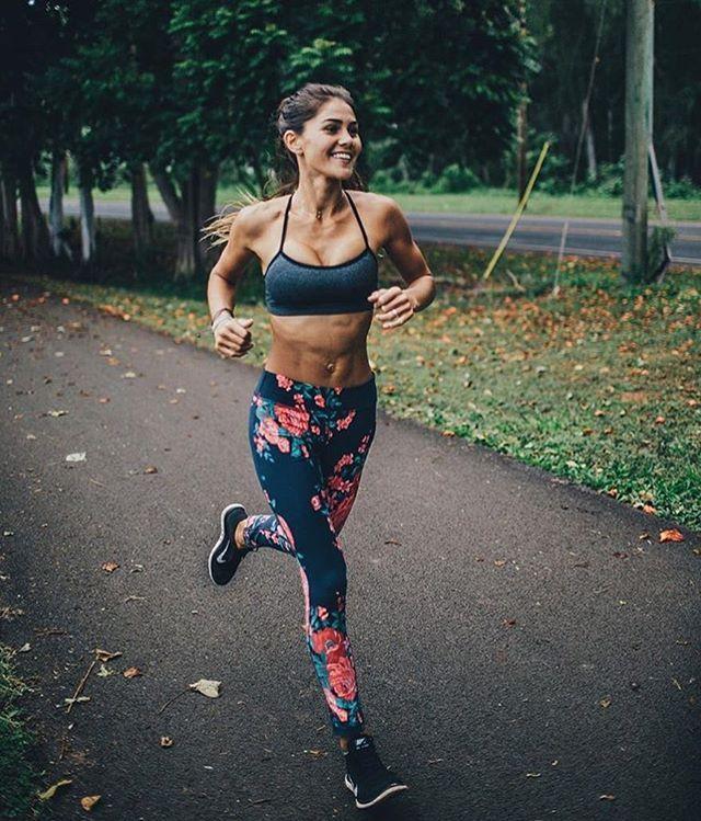 WEBSTA @ fitness_junkie - jogging vibes via @rocamoon☀️