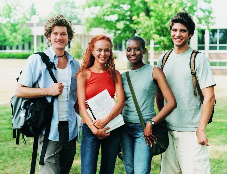 Diez ventajas de ir a la Universidad | eHow en Español