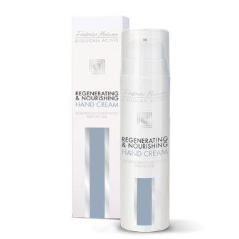 Crema mani ad azione rigenerante e nutriente Crema pensata per l'idratazione della pelle secca e molto rovinata di #mani e #unghie. Il Beta-glucano e l'Allantoina rigenerano intensamente l'epidermide danneggiata, l'olio di riso rallenta il processo di invecchiamento della #pelle mentre l'olio di ricino rinforza e nutre la lamina ungueale. #FMGroup #FMGroupItalia #skin #skincare