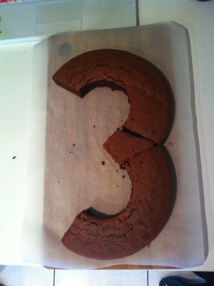 How to make number cakes - 3 - Comment faire un gâteau en forme de chiffre?