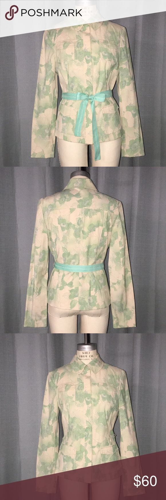 Printed lightweight Jacket Lightweight summer jacket with print. Breast and hip pockets. Snap front closure. Comes with belt.  58/Polyester/28/Viscose/12/Linen/2/Elastane Never been worn. Elie Tahari Jackets & Coats Blazers
