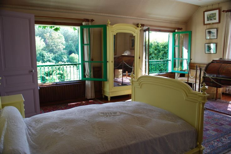 Google Image Result for http://giverny-impression.com/gallery/monets-home/monets-bedroom.jpg