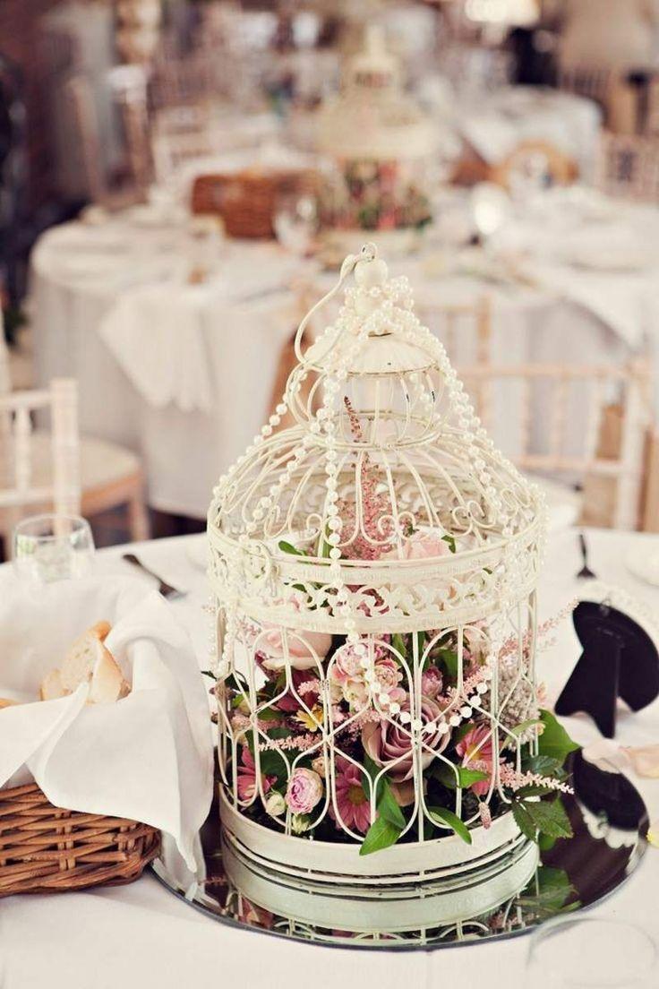 Marvelous In der folgenden Gallerie k nnen Sie sich weitere beeindruckende M glichkeiten anschauen um eine traumhafte vintage Hochzeit mit Perlen zu dekorieren