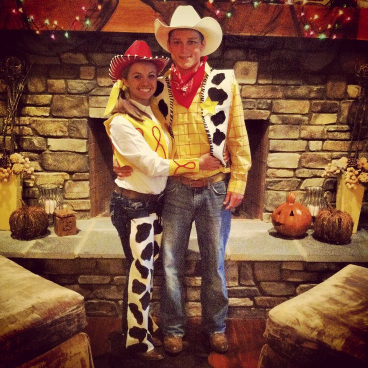 DIY Jessie and Woody costumes!