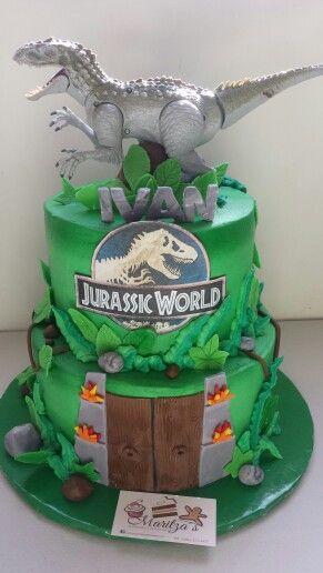 Super pastel de dinosaurios para niños de jurassic world #pasteles #tortas #dinosaurio #fiesta