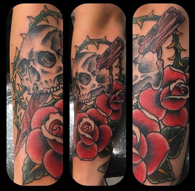 Skull and roses done by Dean at Kingpin Tattoos in Harker Heights Texas