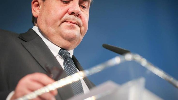 Jetzt lesen: Konjunkturprognose: Gabriel stellt neuen Jahreswirtschaftsbericht vor - http://ift.tt/2kh3jCr #aktuell