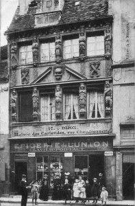 La maison des cariatides, Dijon.