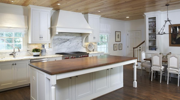 Family Essential: Traditional Kitchens, Hoods Ornaments, Kitchens Ideas, Kitchens Islands, Functional Kitchens, Families Essential, Photo, White Cabinets, White Kitchens